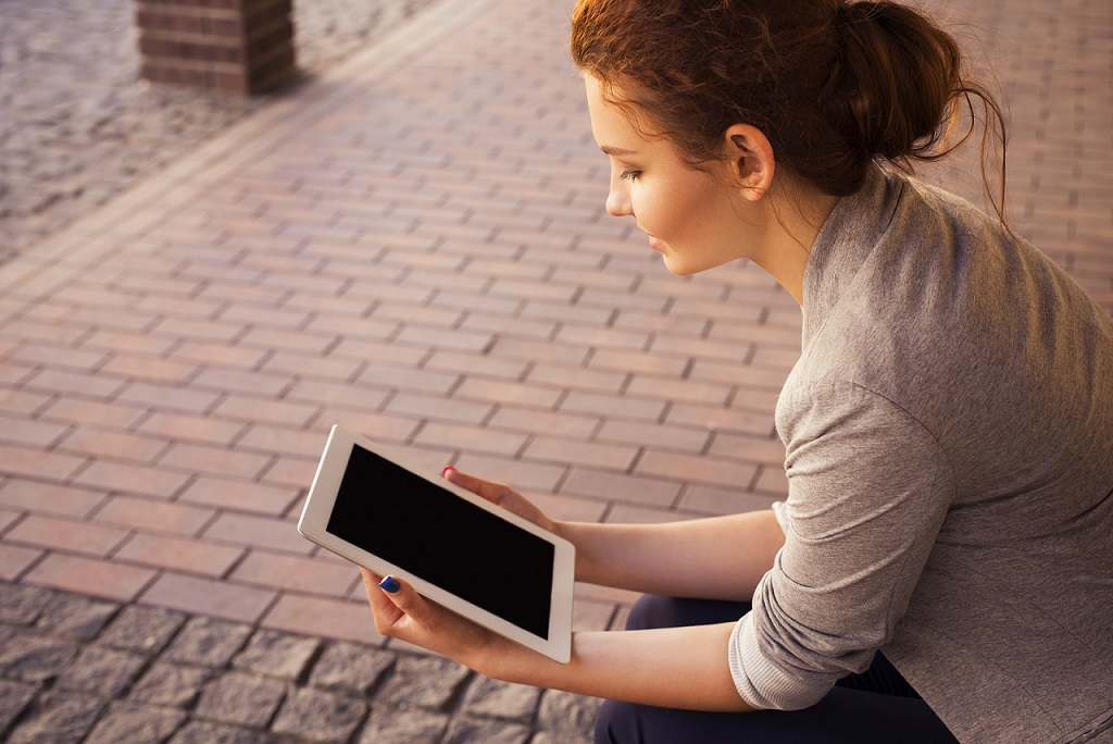 Woman practicing mindfulness resized